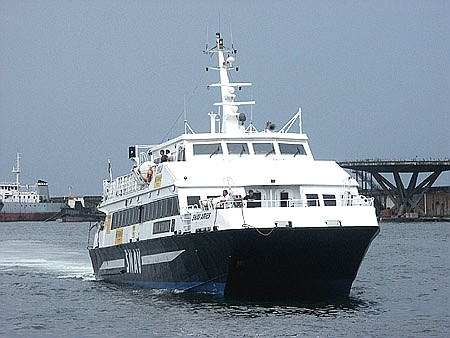 Trasporto marittimo: disposizioni per assicurare la regolarità del servizio pubblico
