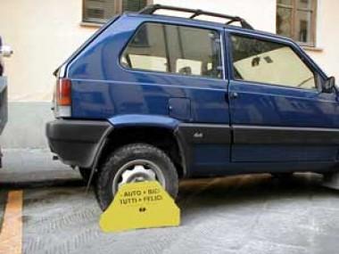 Si rischia la condanna penale se si guida un auto sequestrata